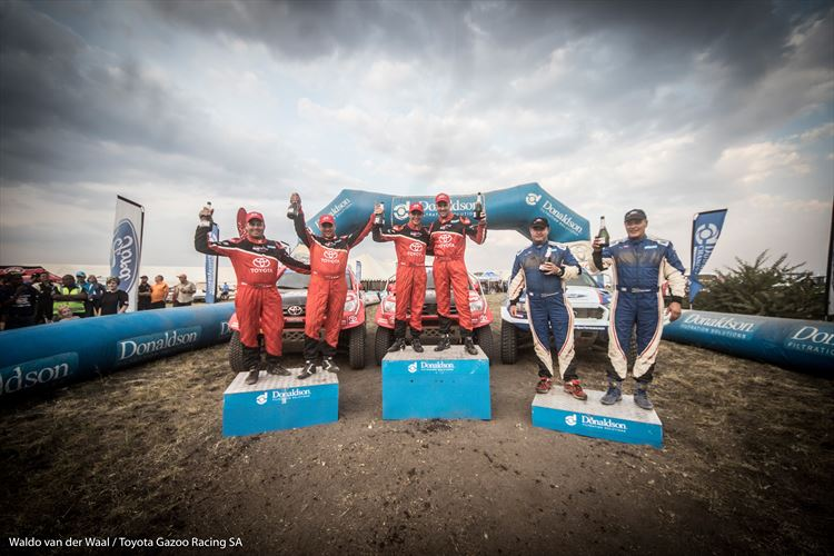 toyota-gazoo-racing-sa-podium-2_880x500